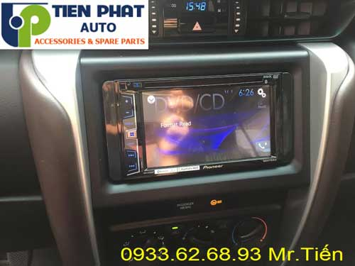 dvd chay android  cho Toyota Fortuner 2017 tai Quan 4