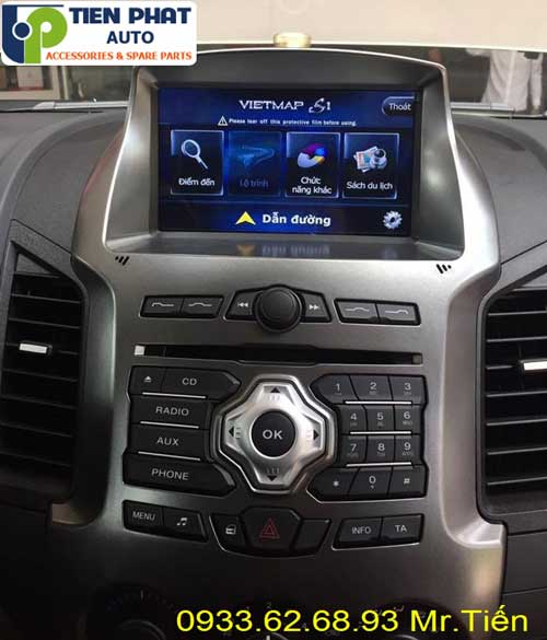 dvd chay android  cho Ford Ranger 2016 tai quan 1