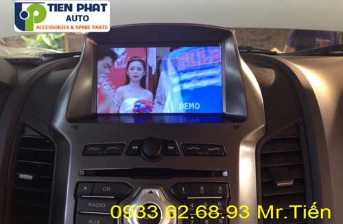 dvd chay android  cho Ford Ranger 2015 tai quan 5