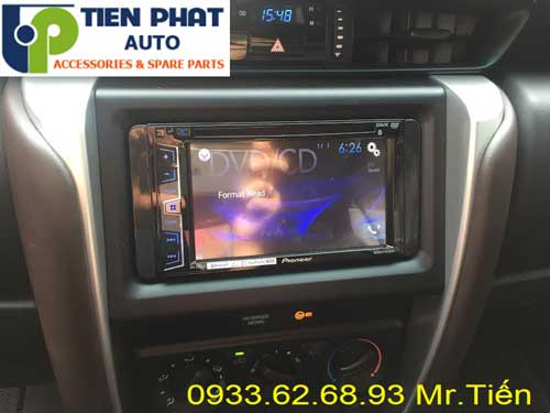 dvd chay android  cho Toyota Fortuner 2017 tai huyen Can Gio